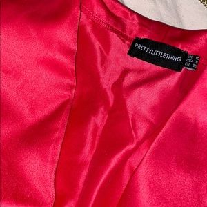 PrettyLittleThing Other - Hot pink two piece PLT w/ big bow
